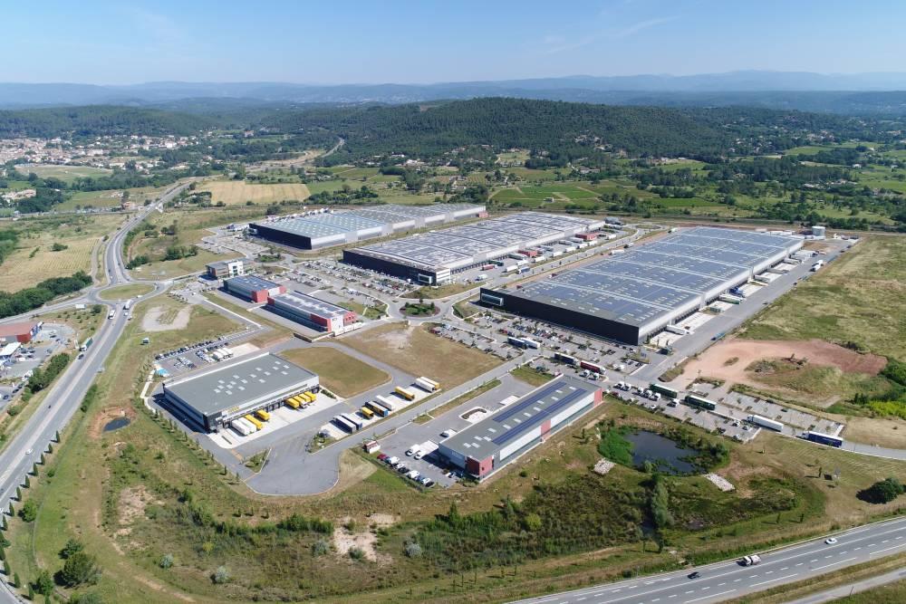 Nouveau chantier pour APRC, une messagerie de 12.000 m² développé par Barjane pour Colissimo